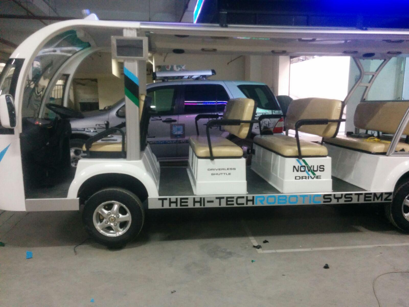 Hi-Tech0 Robotic Driverless Shuttle