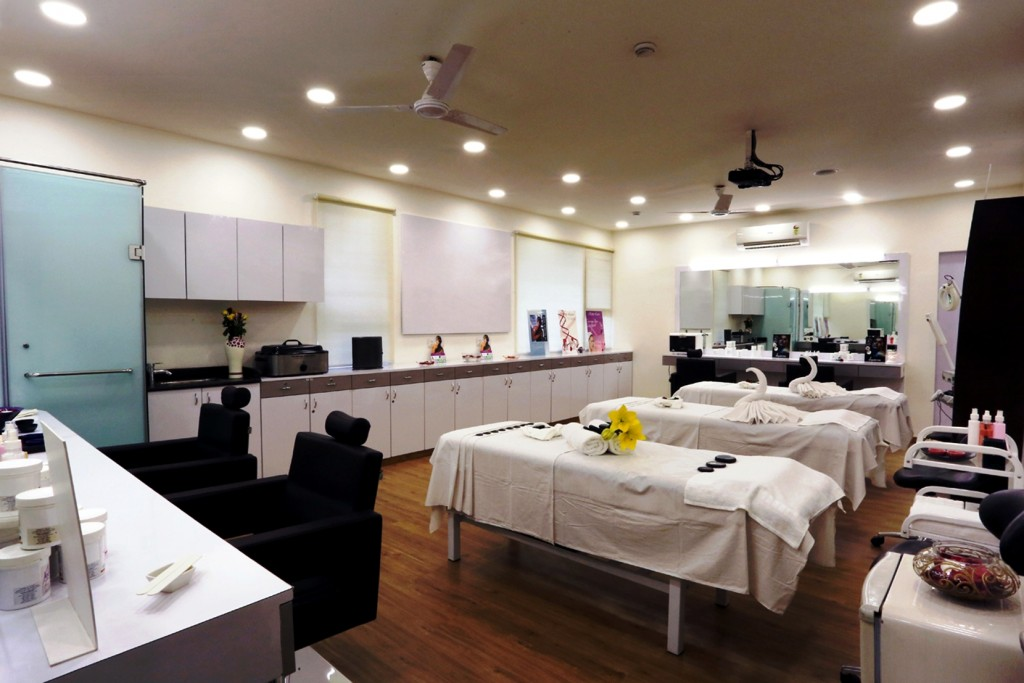 Beauty & Skincare and Spa Lab