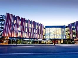 Online MBA Course in Macquarie University Australia