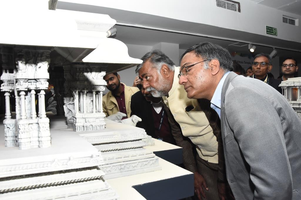 Hon'ble Minister of Culture and Tourism, Shri Prahlad Singh Patel and Sh. Ashutosh Sharma, Secretary, DST inaugurated exhibition